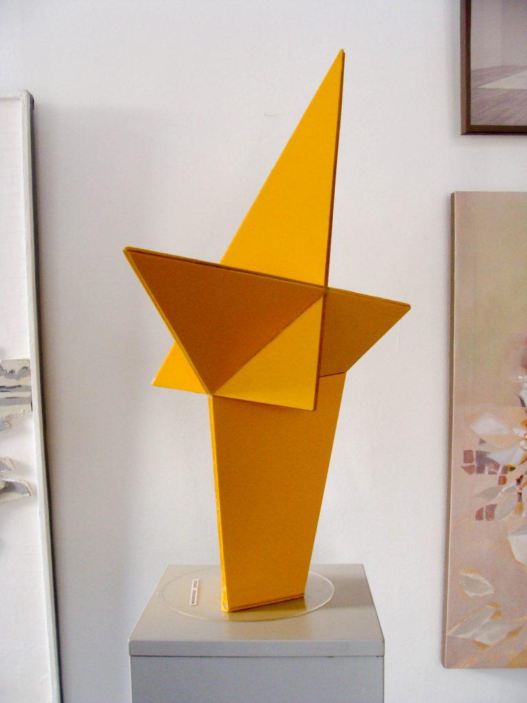 Tetrahedrons, plastic, 0,6-0,39-0,18m (2)