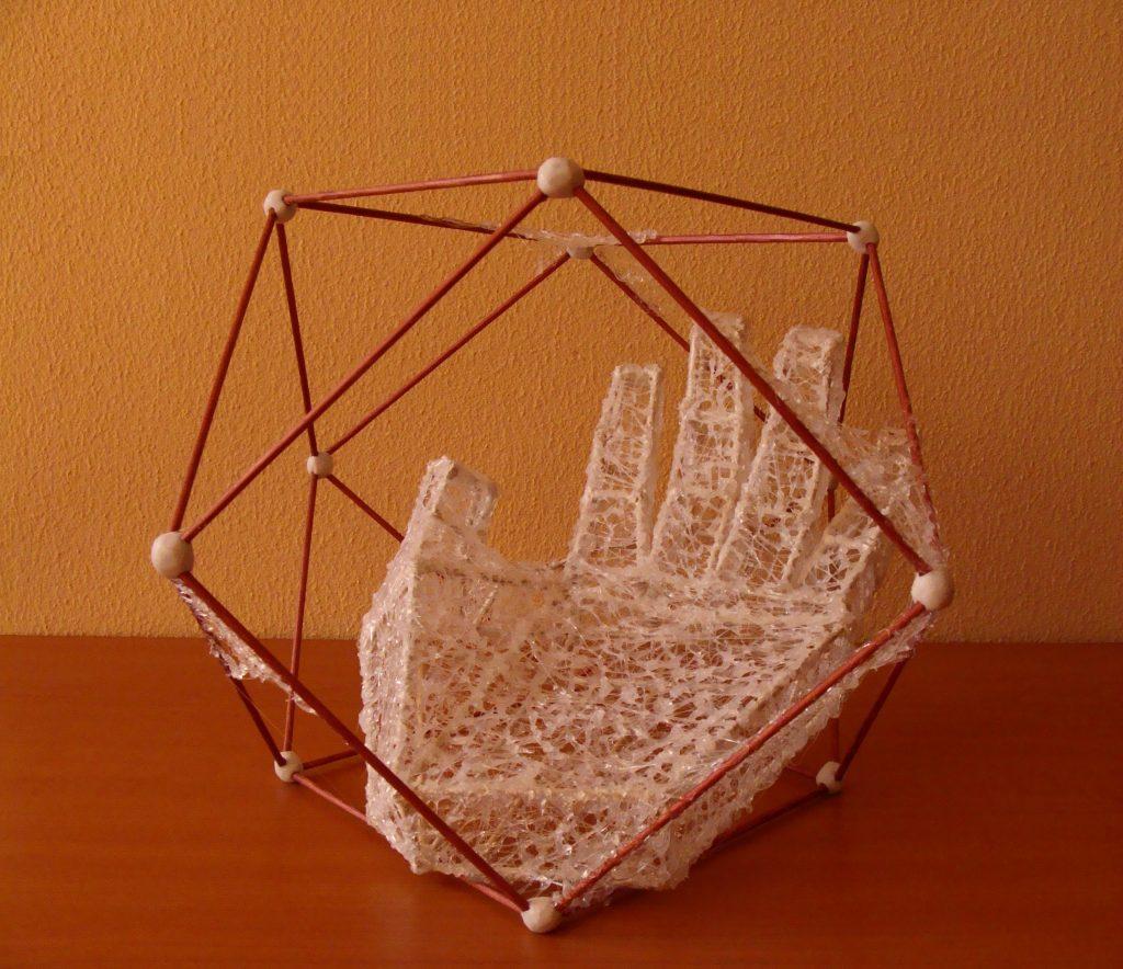 The Hand plastic 22-34cm